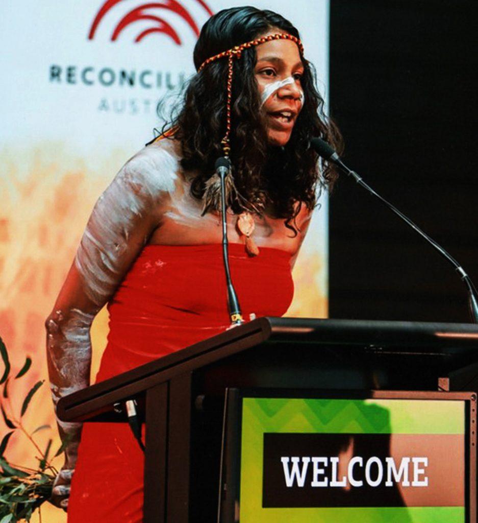 welcome by charleen of diramu aboriginal dance and didgeridoo